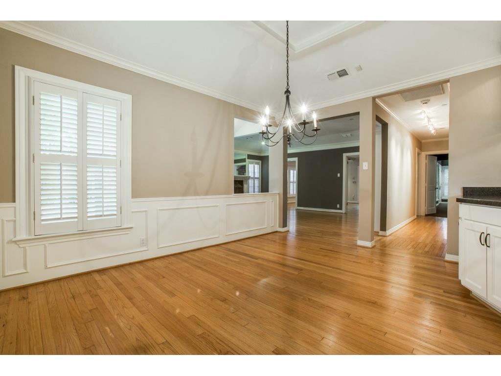 Sold Property   7028 Westlake Avenue Dallas, Texas 75214 11