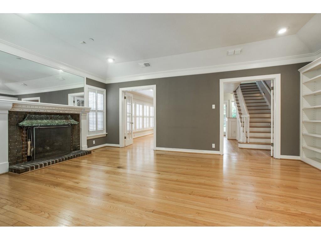 Sold Property   7028 Westlake Avenue Dallas, Texas 75214 3