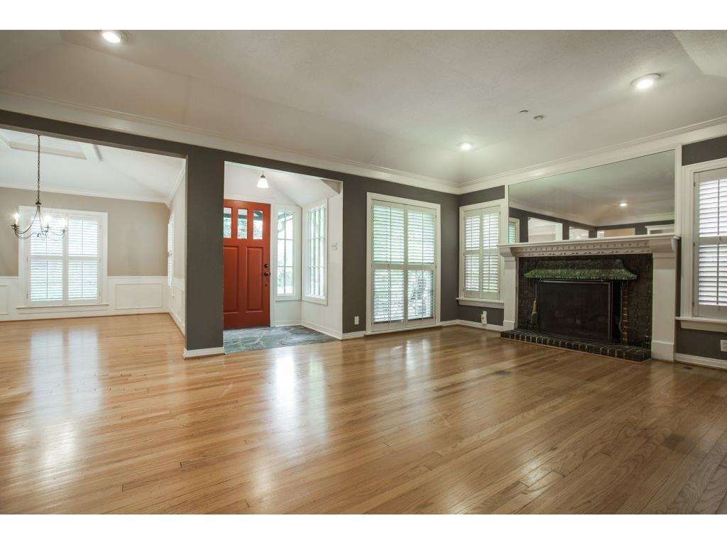 Sold Property   7028 Westlake Avenue Dallas, Texas 75214 4