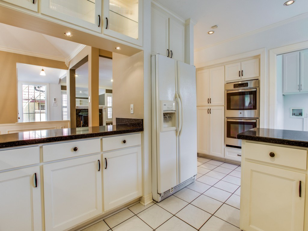 Sold Property   7028 Westlake Avenue Dallas, Texas 75214 9