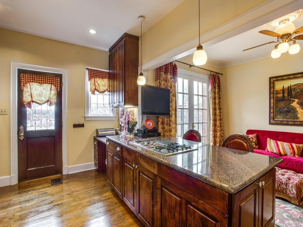 Sold Property | 6015 Gaston Avenue Dallas, Texas 75214 11