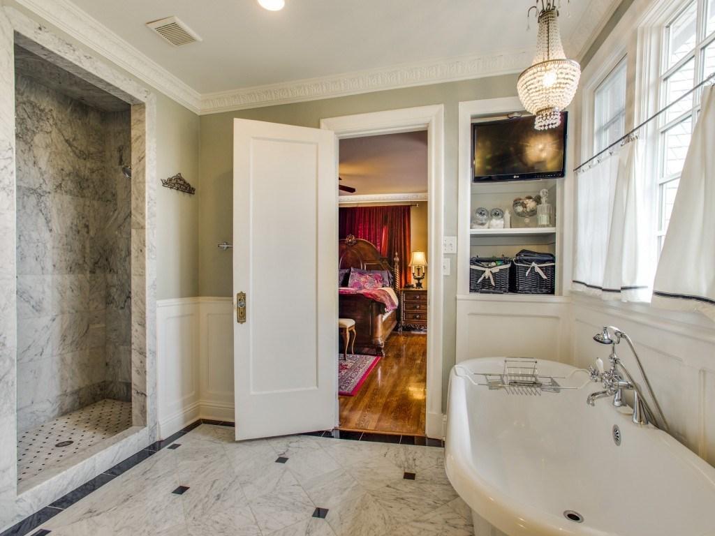 Sold Property | 6015 Gaston Avenue Dallas, Texas 75214 17