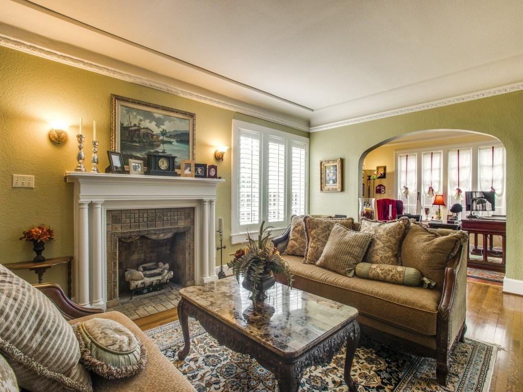 Sold Property | 6015 Gaston Avenue Dallas, Texas 75214 4