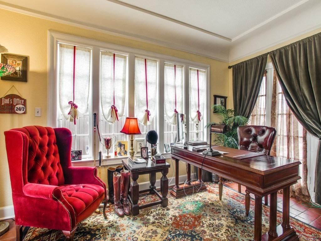 Sold Property | 6015 Gaston Avenue Dallas, Texas 75214 6