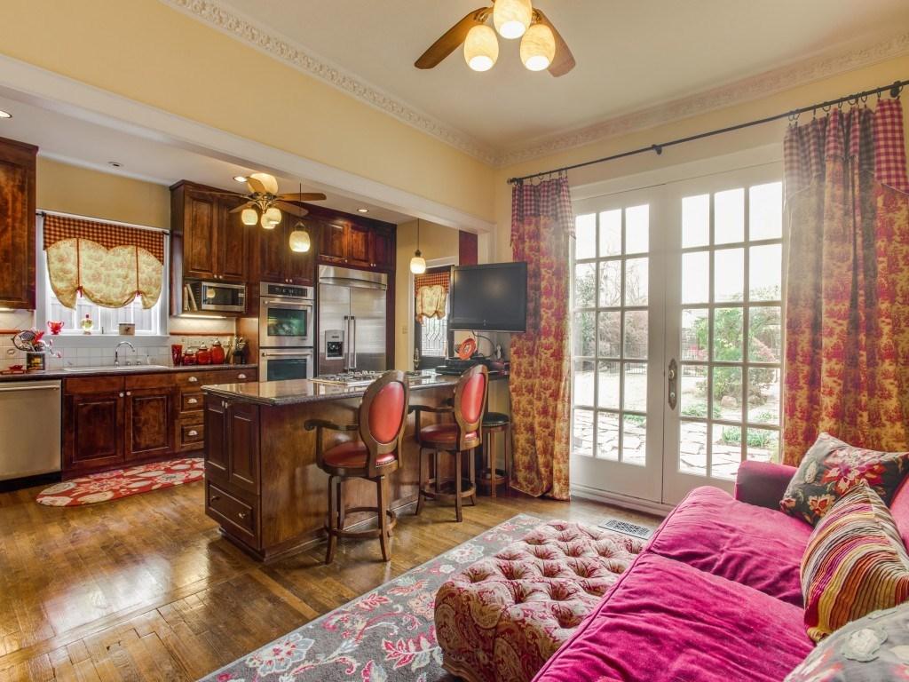 Sold Property | 6015 Gaston Avenue Dallas, Texas 75214 9