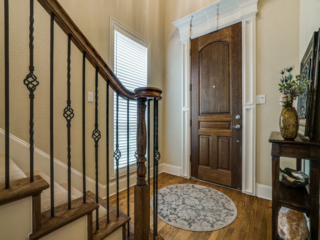 Sold Property | 5332 Longview Street Dallas, Texas 75206 2