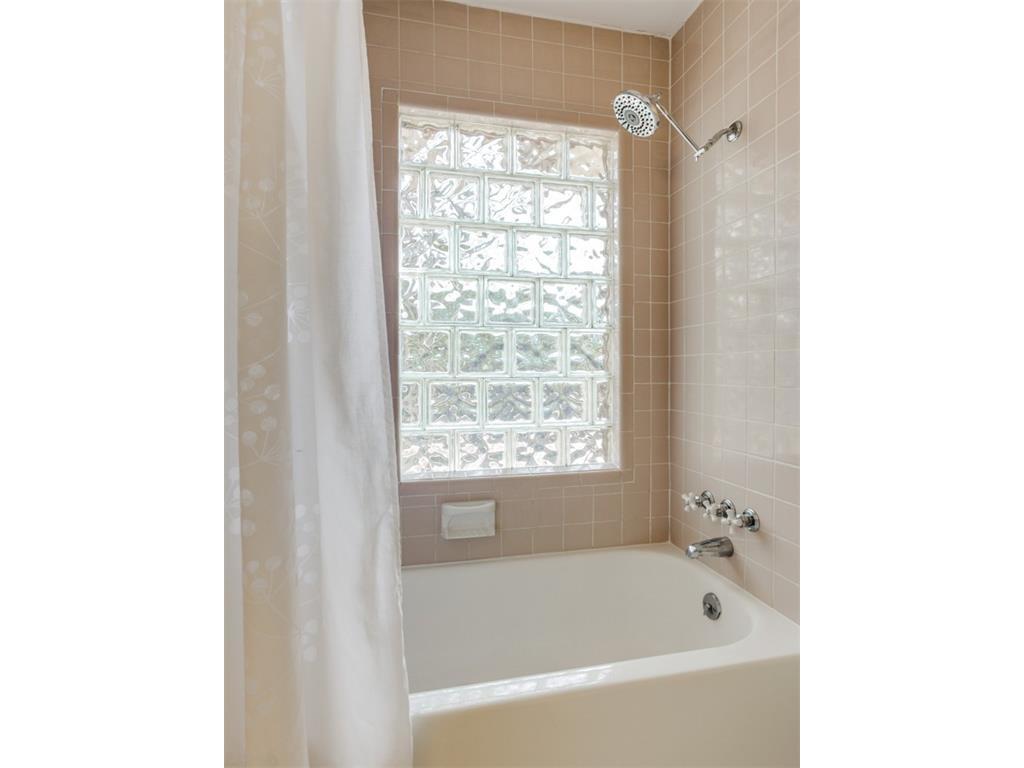 Sold Property | 5614 Vanderbilt  Avenue Dallas, TX 75206 13