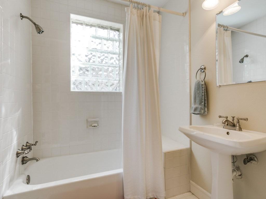 Sold Property | 5614 Vanderbilt  Avenue Dallas, TX 75206 15