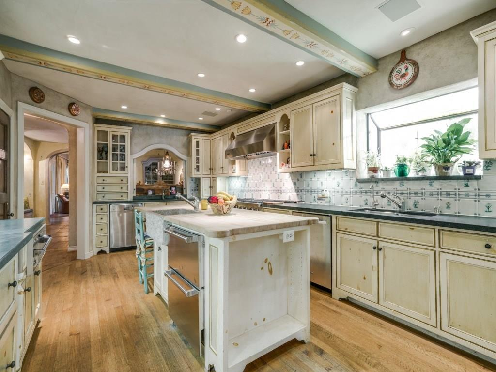 Sold Property | 6748 Lakewood  Boulevard Dallas, TX 75214 10