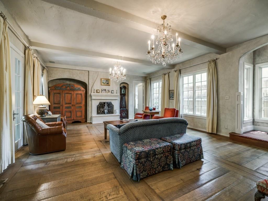Sold Property | 6748 Lakewood  Boulevard Dallas, TX 75214 17