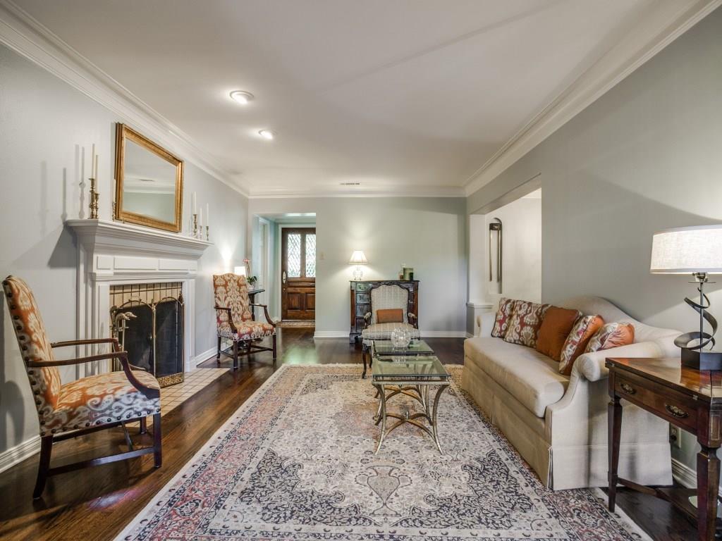 Sold Property | 6915 Wildgrove Avenue Dallas, Texas 75214 4