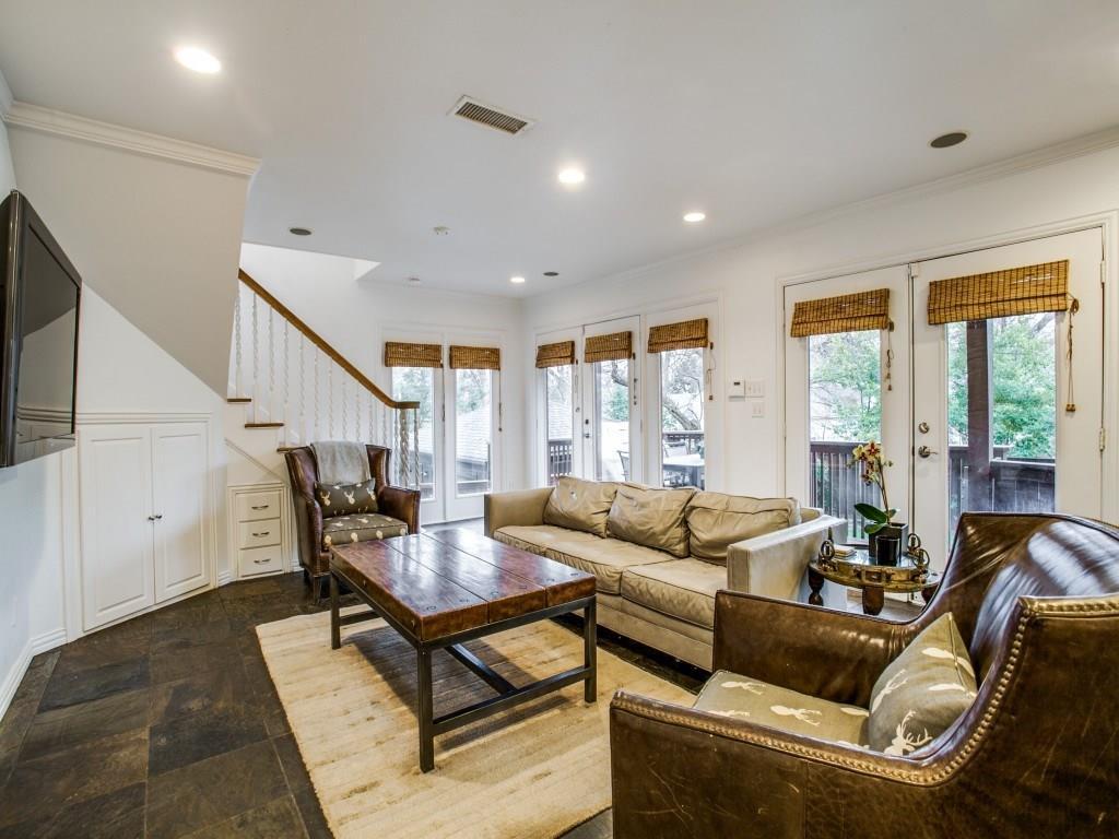 Sold Property | 6914 Patricia Avenue Dallas, Texas 75223 11