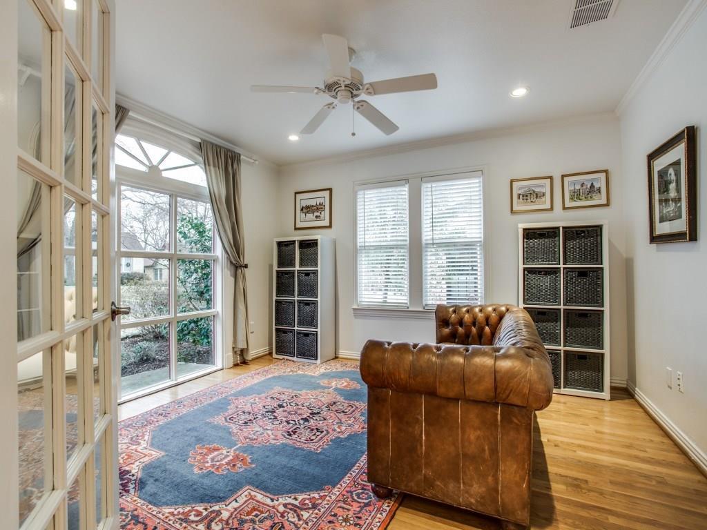 Sold Property | 6914 Patricia Avenue Dallas, Texas 75223 5