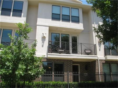 Leased | 2606 Shelby  Avenue #302 Dallas, TX 75219 1