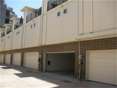 Leased | 2606 Shelby Avenue #302 Dallas, Texas 75219 24