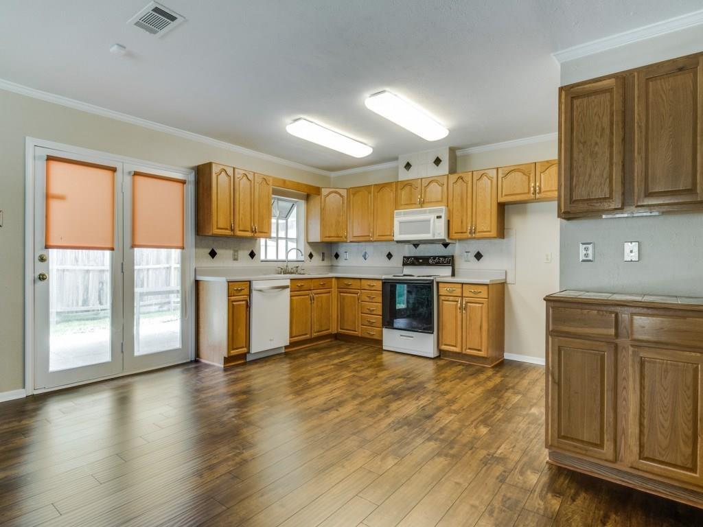Sold Property | 2000 Ash Hill  Road Carrollton, TX 75007 8