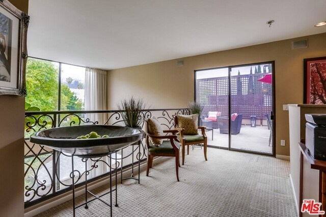 Closed | 930 N WETHERLY  Drive #302 West Hollywood, CA 90069 21