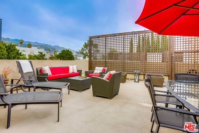 Closed | 930 N WETHERLY  Drive #302 West Hollywood, CA 90069 43