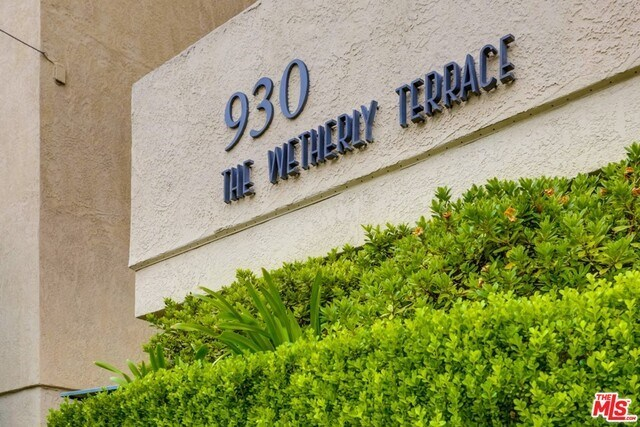 Closed | 930 N WETHERLY  Drive #302 West Hollywood, CA 90069 49
