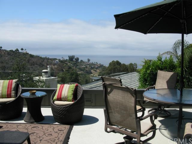 Closed | 1605 Bluebird Canyon  Drive Laguna Beach, CA 92651 0