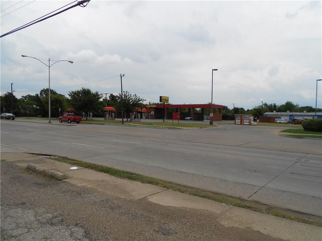Active | 8140 Bruton Road Dallas, Texas 75217 1