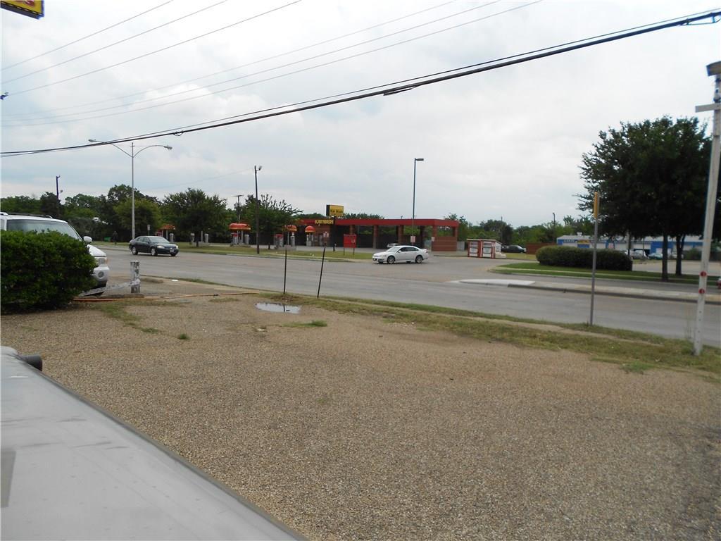Active | 8140 Bruton Road Dallas, Texas 75217 4