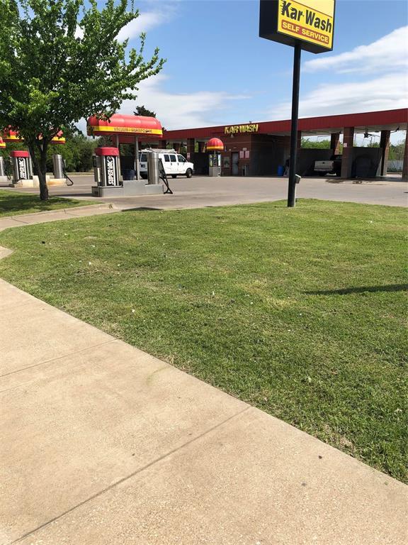 Active | 8140 Bruton Road Dallas, Texas 75217 5