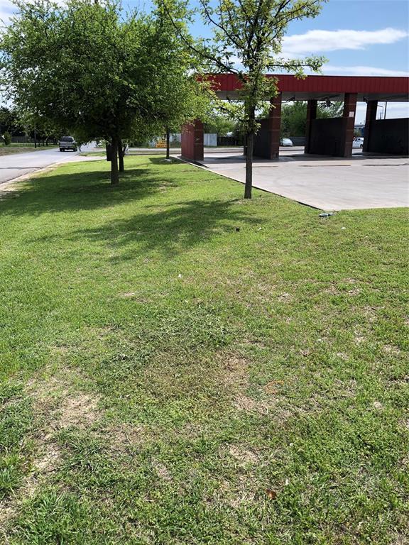 Active | 8140 Bruton Road Dallas, Texas 75217 6