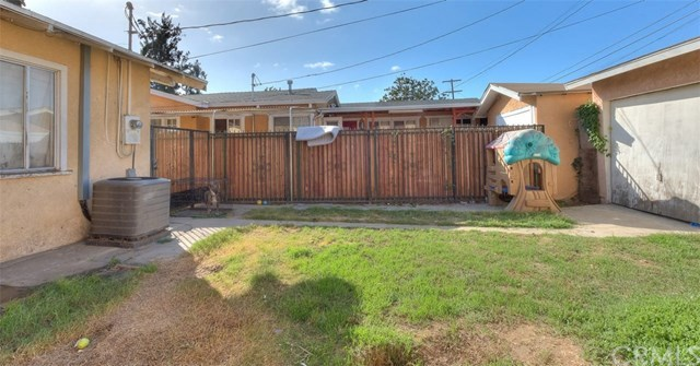 Closed | 1035 W 69th Street Los Angeles, CA 90044 19