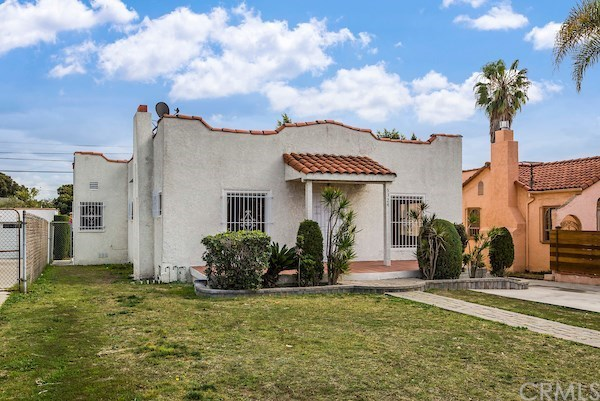 Closed | 5324 Hillcrest Drive Los Angeles, CA 90043 6