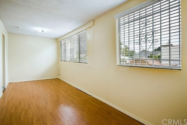 Closed | 5324 Hillcrest Drive Los Angeles, CA 90043 30