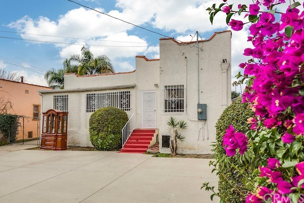 Closed | 5324 Hillcrest Drive Los Angeles, CA 90043 41