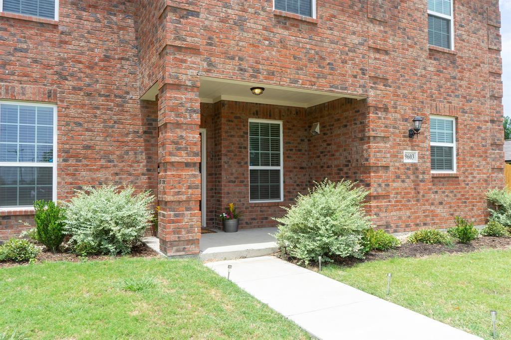 Sold Property | 9603 Michelle Drive Dallas, Texas 75217 3