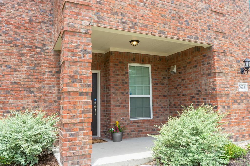 Sold Property | 9603 Michelle Drive Dallas, Texas 75217 4