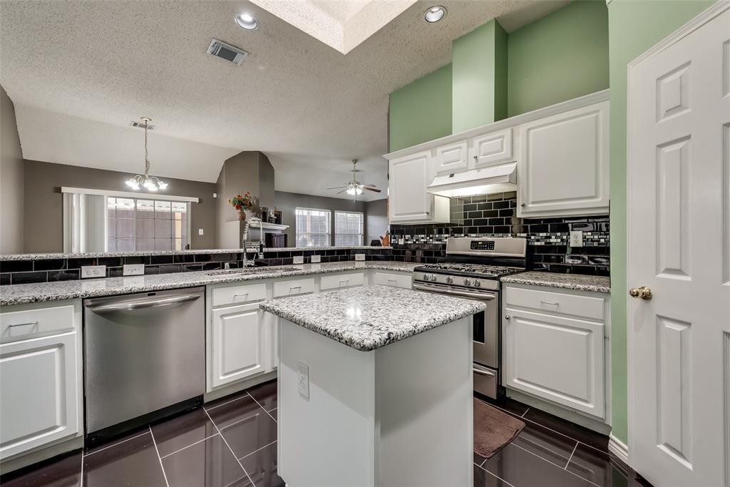 Plano home for sale | 3209 Cornflower  Drive Plano, TX 75075 2