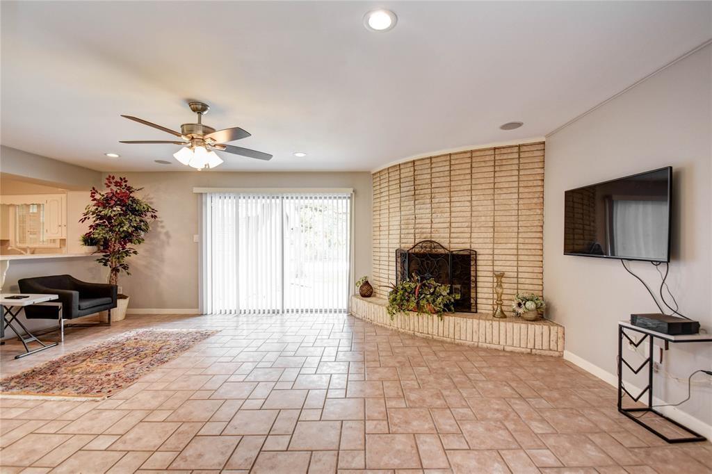 Off Market | 100 Longacre  Drive Conroe, TX 77304 15