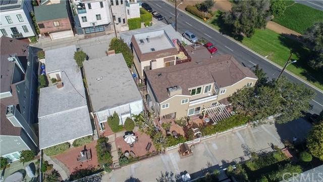 Closed | 501 8th Street Manhattan Beach, CA 90266 7