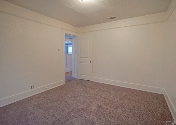 Closed | 3492 3rd Street Riverside, CA 92501 25