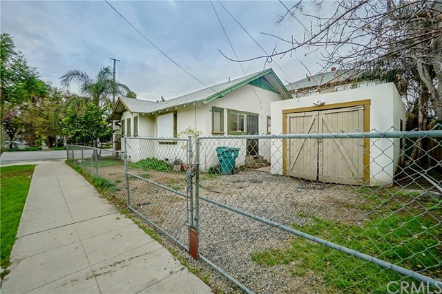 Closed | 3492 3rd Street Riverside, CA 92501 40