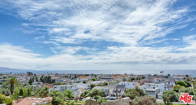 Closed | 621 8TH Street Manhattan Beach, CA 90266 38