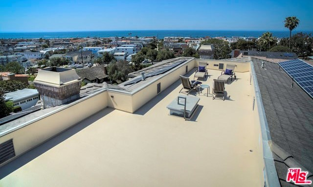 Closed | 621 8TH Street Manhattan Beach, CA 90266 39