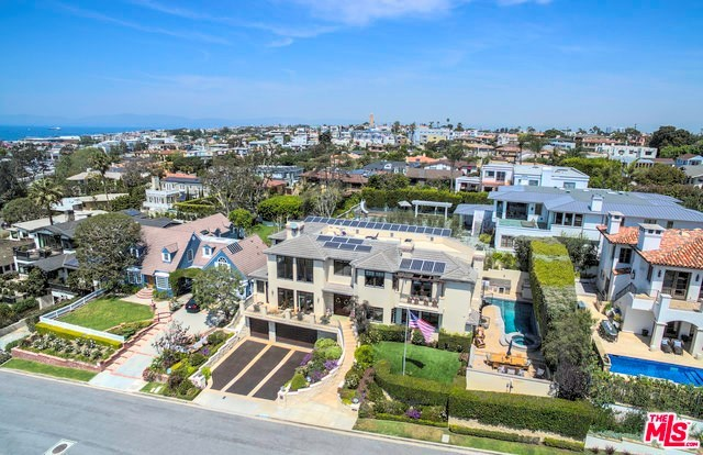 Closed | 621 8TH Street Manhattan Beach, CA 90266 43