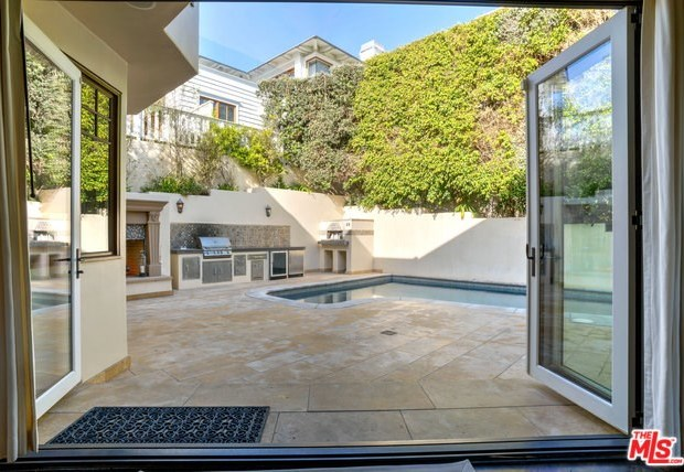 Closed | 621 8TH Street Manhattan Beach, CA 90266 9