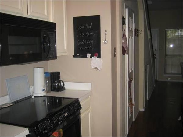 Sold Property | 3904 Rawlins Street #110C Dallas, Texas 75219 3