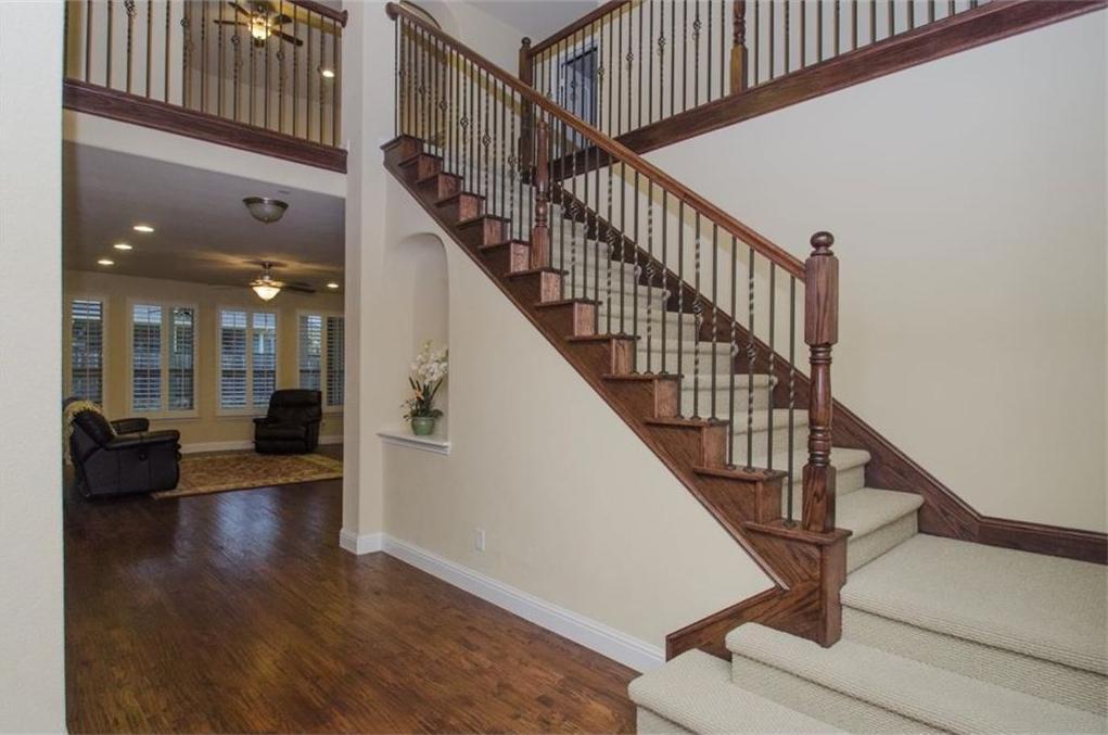 Sold Property | 424 Aylesbury Drive Roanoke, TX 76262 2