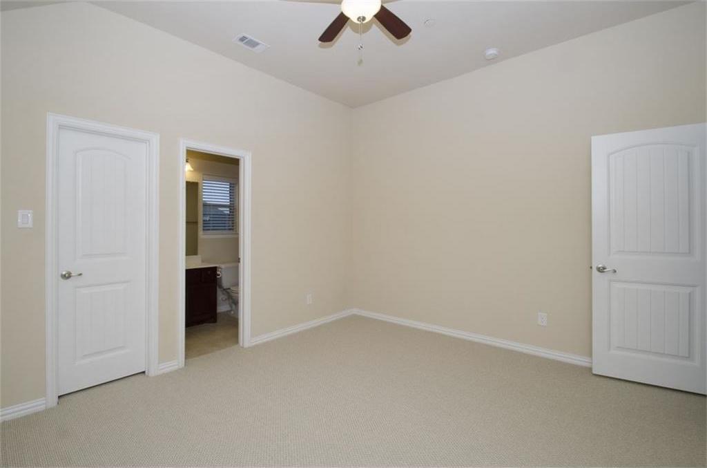Sold Property | 424 Aylesbury Drive Roanoke, TX 76262 20
