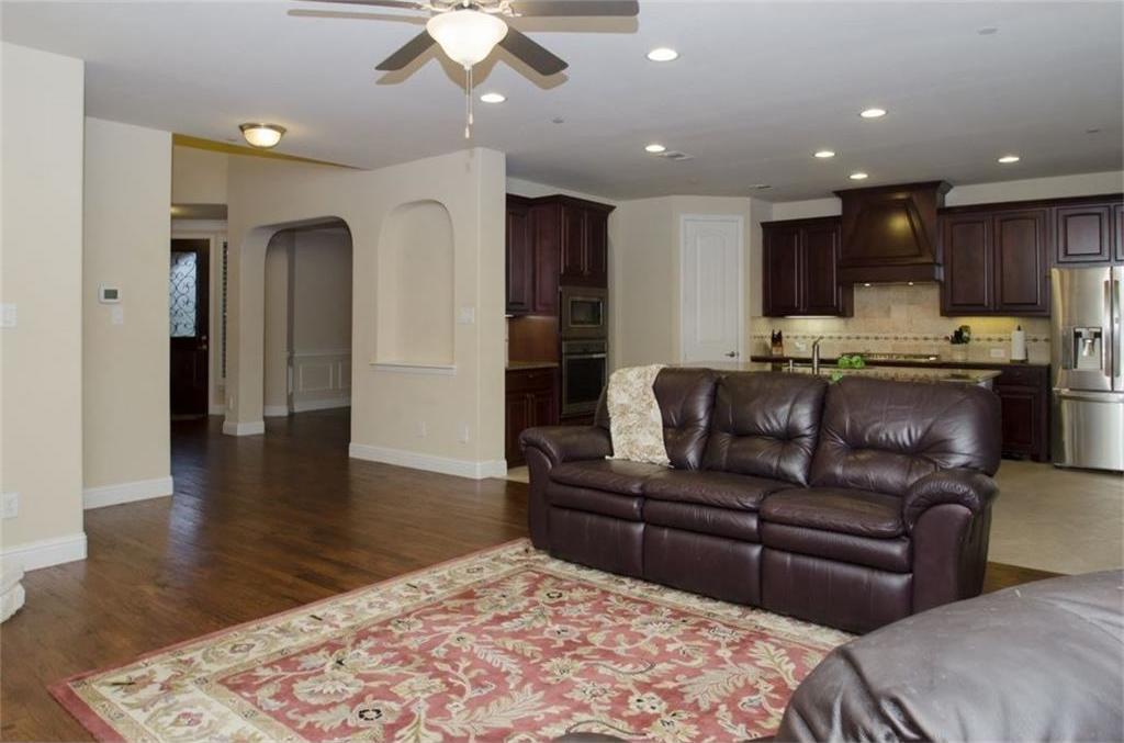 Sold Property | 424 Aylesbury Drive Roanoke, TX 76262 6