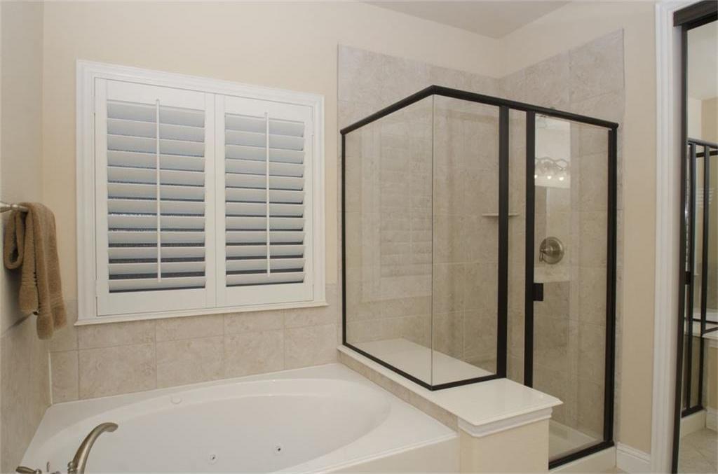 Sold Property | 424 Aylesbury Drive Roanoke, TX 76262 9