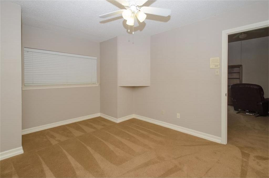 Sold Property | 4716 Village Oak Drive Arlington, Texas 76017 17