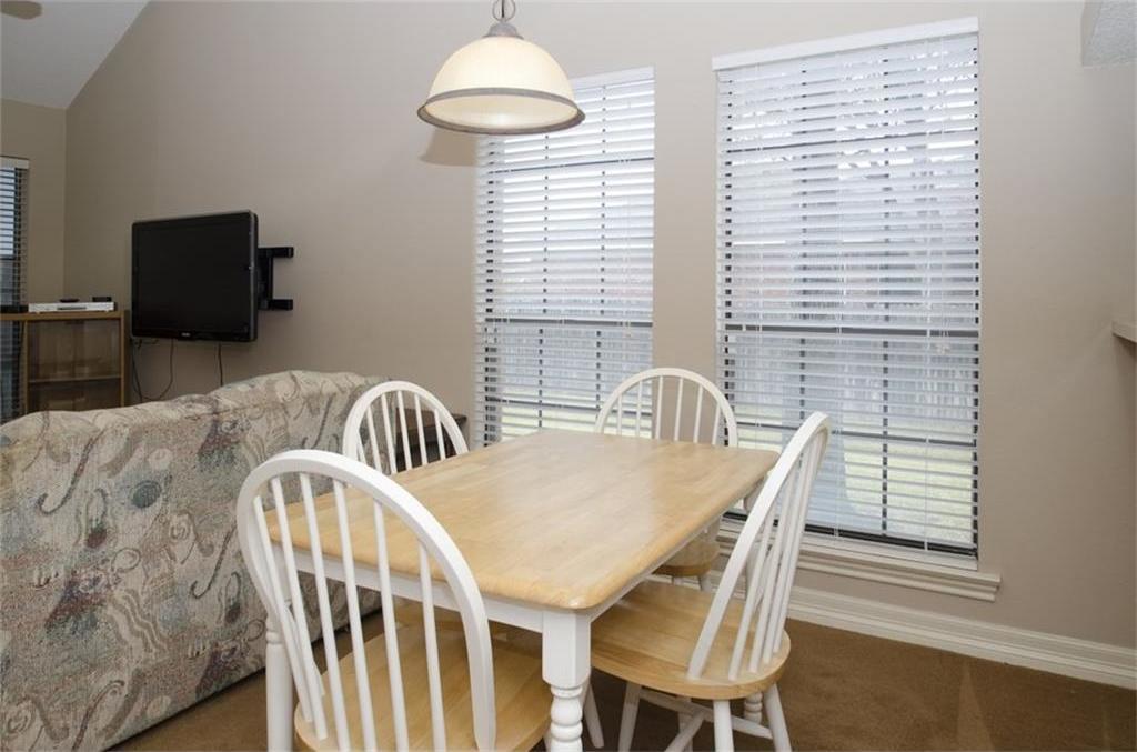 Sold Property | 4716 Village Oak Drive Arlington, Texas 76017 6